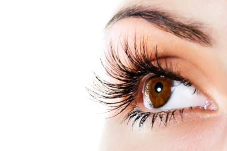 Will lost eyelashes grow back to their original length and volume?